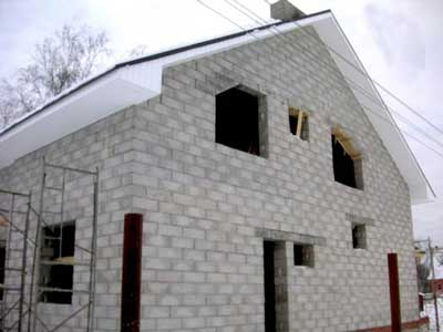 дом-из-пенобетона-своими-руками