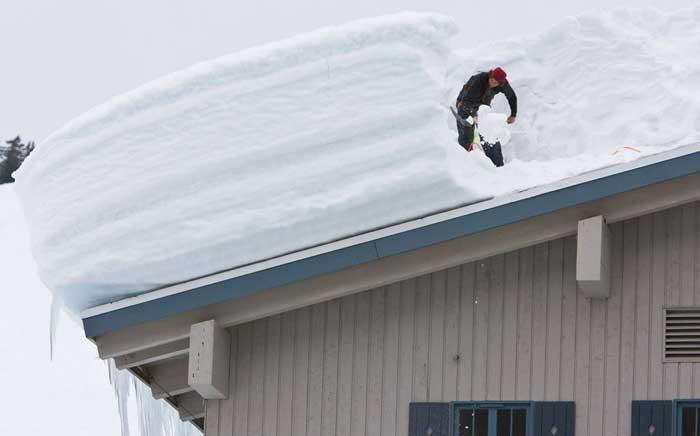 снег-крыша-каркасный-дом
