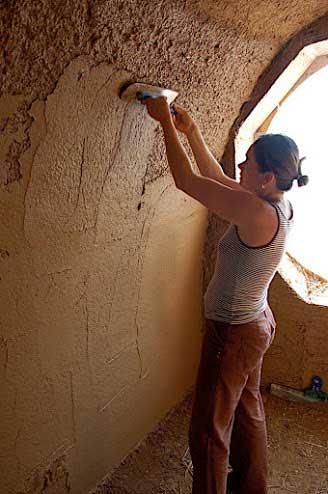 шпатлевка-глина-дом-стены-потолок