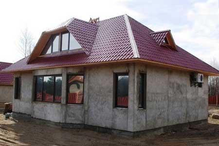 монолитное-строительство-маленького-дома