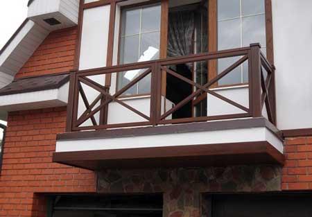 деревянный-балкон