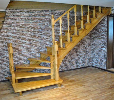 лестница-в-каркасном-доме-своими-руками