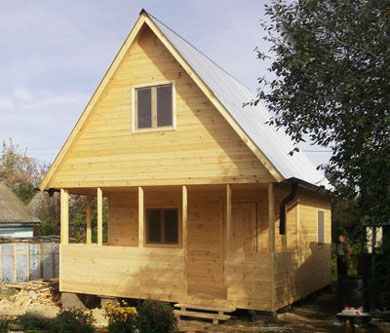 дом-с-двухскатной-крышей