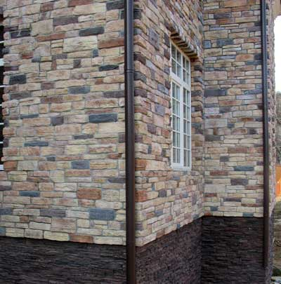 отделка-каркасного-дома-искусственным-камнем