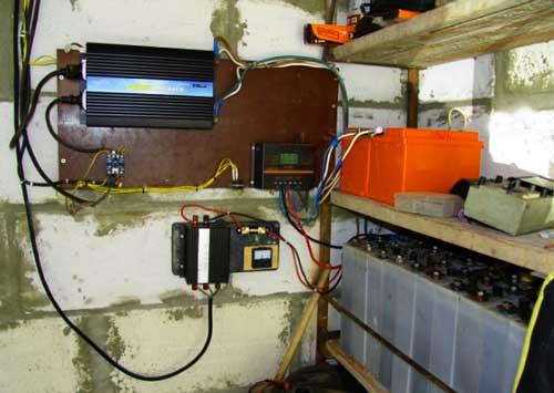 аккумуляторы-в-доме-от-солнечных-батарей