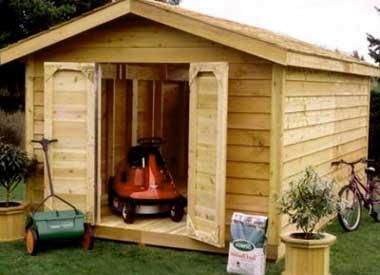 постройка-деревянного-сарая-на-участке