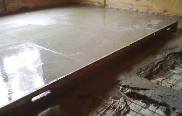 стяжка_из_бетона_на_деревянном_полу