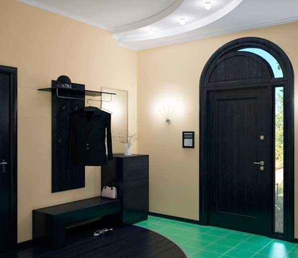 Мебель в прихожей в доме