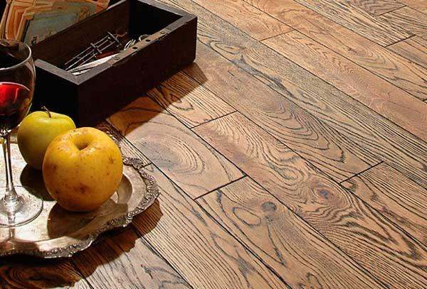 Результат браширования древесины