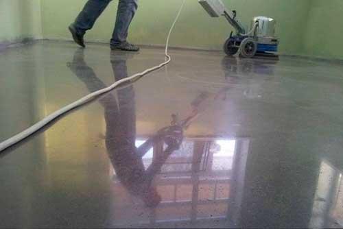 Шлифуем бетонный пол