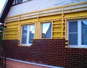 Установка панелей на фасад каркасного дома