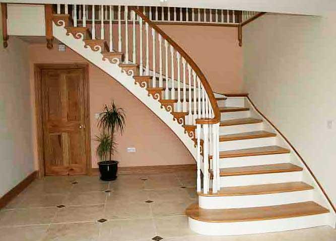 перила бетонной лестницы