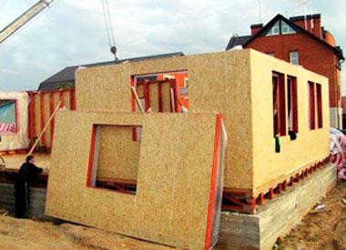 постройка дома из сендвич-панелей