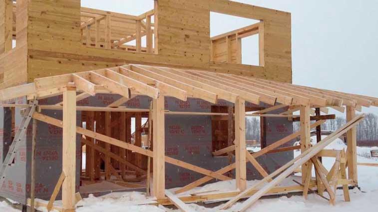 Конструкция трехскатной крыши