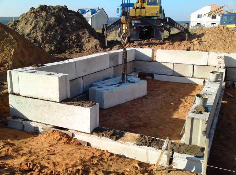 Выбор фундаментных блоков для строительства