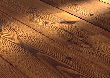 качественно сделанный деревянный пол