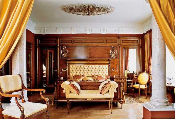 отделка стен гостиной деревянными панелями