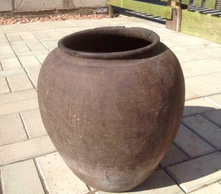 способ поиска воды с глиняными горшками