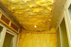 Утепление минватой потолка и стен лоджии