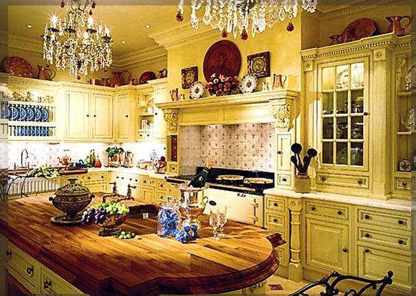 Богатая кухня в англ колониальном стиле