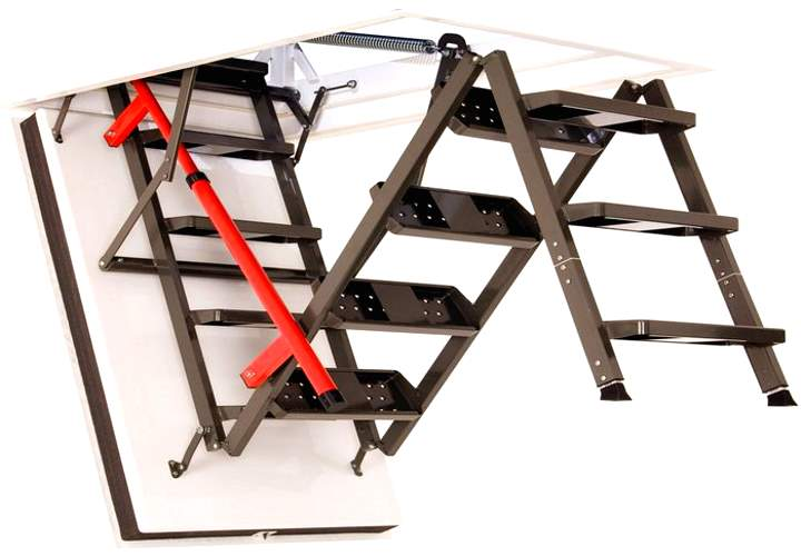 Металлическая черно-красная складная лестница