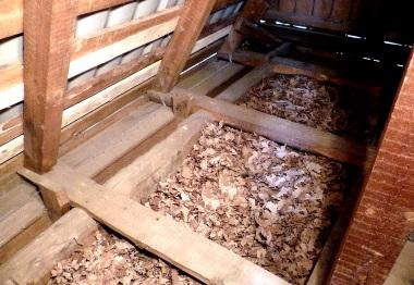 Утепление крыши природным материалом