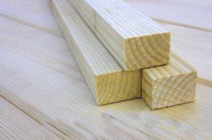 Деревянные бруски для изготовления оконных рам
