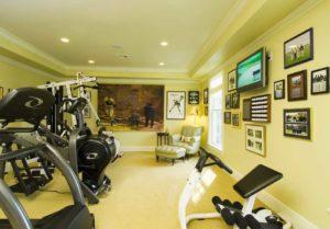 Мебель в домашнем спортзале