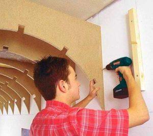 Монтаж деревянного каркаса под арку из гипсокартона