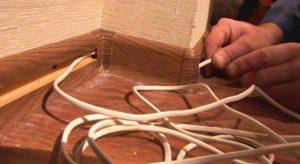 Укладка кабель в кабель-канал