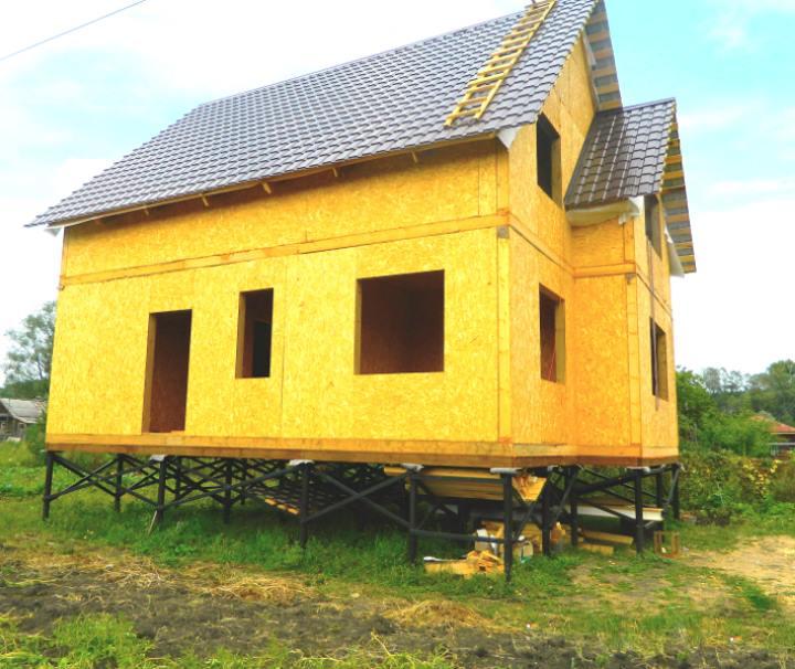 Столбчатый фундамент для дома на склоне
