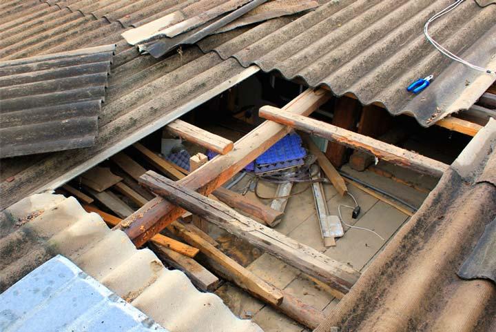 Протечка крыши из шифера