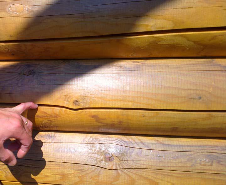 Трещины на древесине и бревнах