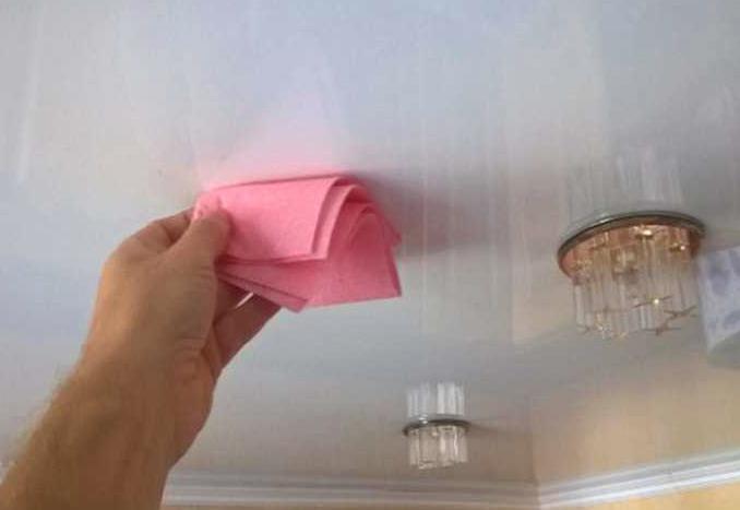 Уход за тканевым потолком