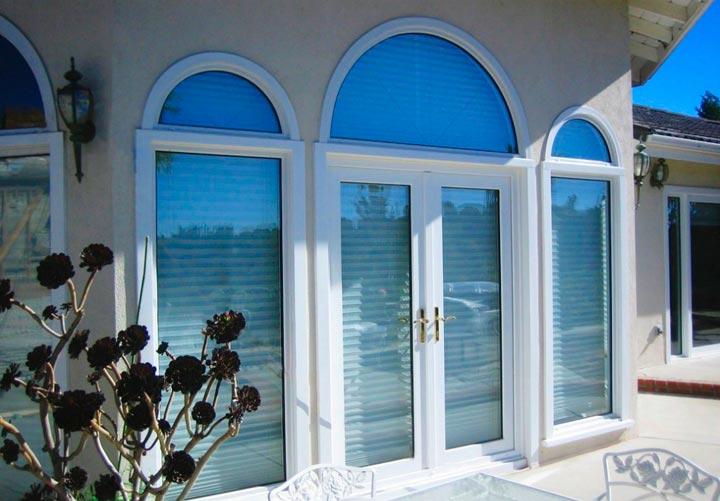Металлопластиковые французские окна