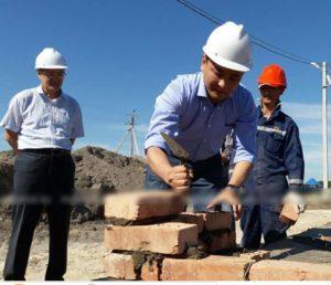 На строительстве дома