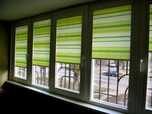 Зеленая рулонная штора