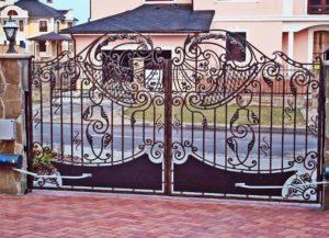 Ковка. Ворота для частного дома