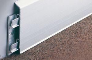 Внешний вид алюминиевого плинтуса