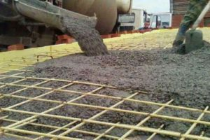 Автоподача бетона для фундамента