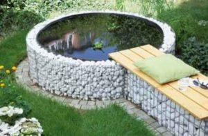 Каменный пруд на даче