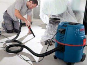 Работа строительного пылесоса