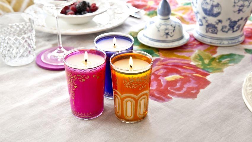 сжечь ароматические свечи в доме