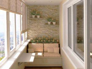 Белая отделка на балконе