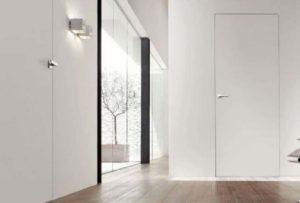 Коридор и двери без наличников