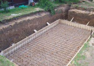Армирование бассейна на даче
