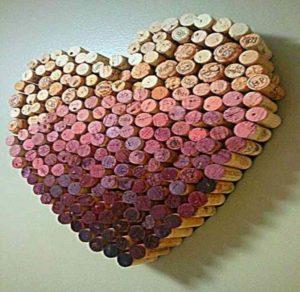 Сердце из пробок