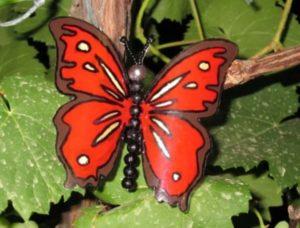Красная бабочка своими руками