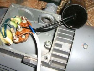 Провода к двигателю