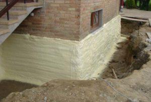 Фундамент кирпичного дома, утепленный пенополиуретаном